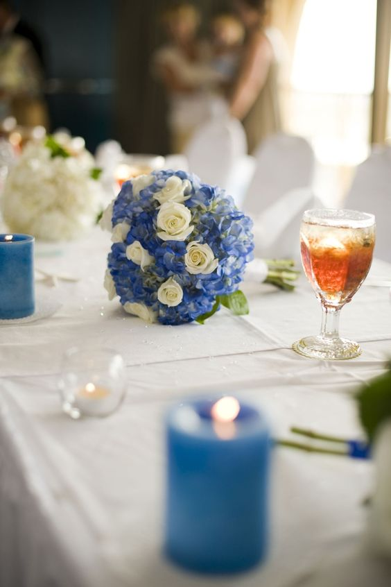 Rose and Hydrangea Bouquet | hydrangea and rose bouquet | amanda's wedding ideas | Pinterest