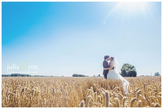 Kay and Richards Crabbs Barn wedding photography