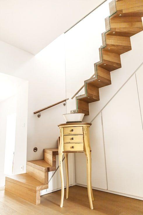 スペースが少ない家に最適な階段15選 階段のアイデア 家 階段