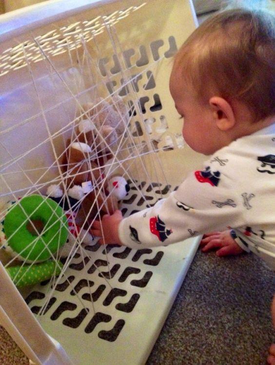 Малыши такие чудесные! Им интересно абсолютно все, они изучают окружающий мир каждую секунду и поэтому требуют к себе так много внимания родителей. Предлагаем развивающие игры, которые можно сделать с...