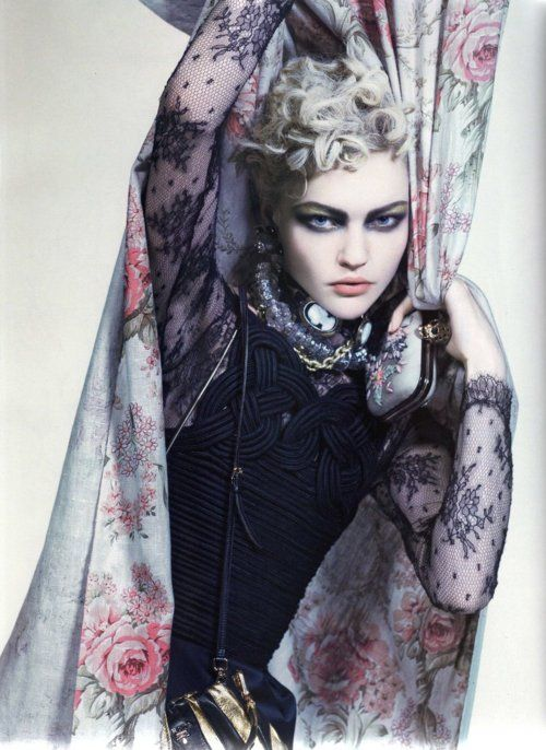 Sasha Pivovarova    Vogue Paris (March 2008)    photo: Craig McDean