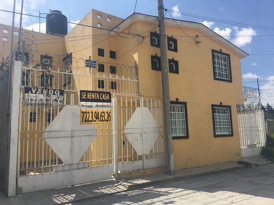 RENTO CASA AMPLIA, EN SANTA ANA TLAPALTITLAN, A UNA CUADRA DE TOLLOCAN.