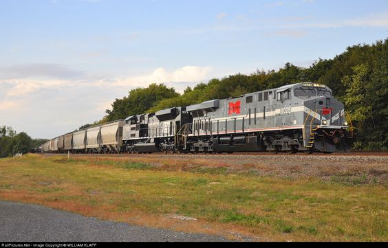 RailPictures.Net Photo: NS 8025 Norfolk Southern GE ES44AC at Newport, Pennsylvania by WILLIAM KLAPP