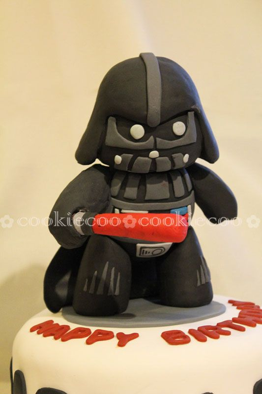 """cookiecoo: Starwars cake Darth Vader for """"Darth"""" Bader"""