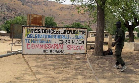 Cameroun: Pas de drapeau de Boko Haram à Kerawa - http://www.camerpost.com/cameroun-pas-de-drapeau-de-boko-haram-a-kerawa/?utm_source=PN&utm_medium=CAMER+POST&utm_campaign=SNAP%2Bfrom%2BCAMERPOST