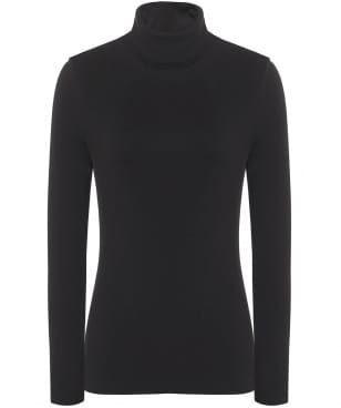 A polo neck is a signature trend for the Autumn season. This soft-stretch roll neck from Backstage has a highly-flattering silhouette that will give an alternative to your formal attire, whilst staying a firm favourite for everyday wear.