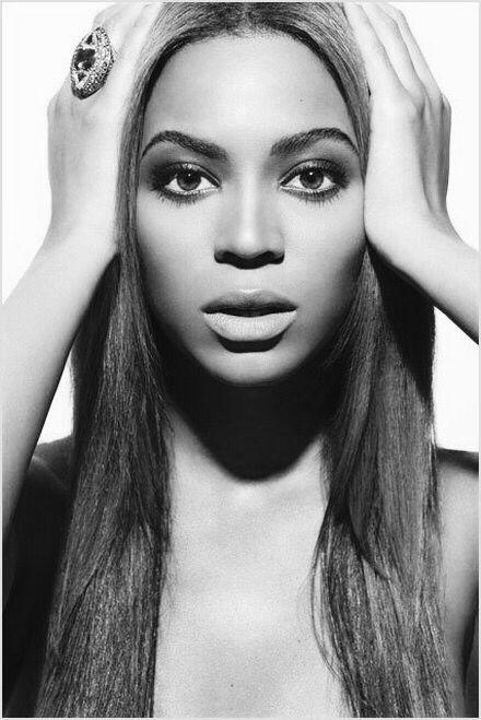Beyoncé // black & white photography b&w   Photoshoot ...
