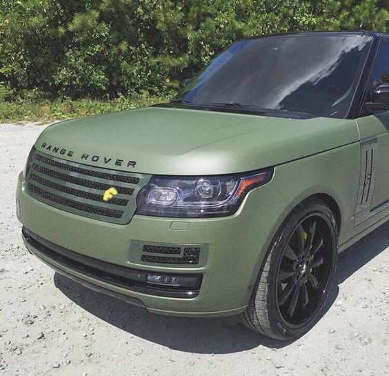 Matte green Range Rover | Land Rover | Pinterest | Green ...