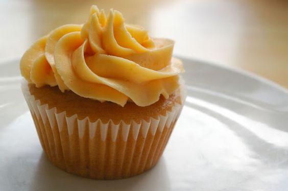 Peach cupcake!