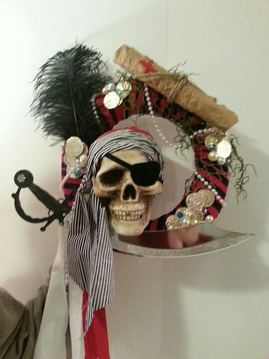 Just finished my pirate wreath!