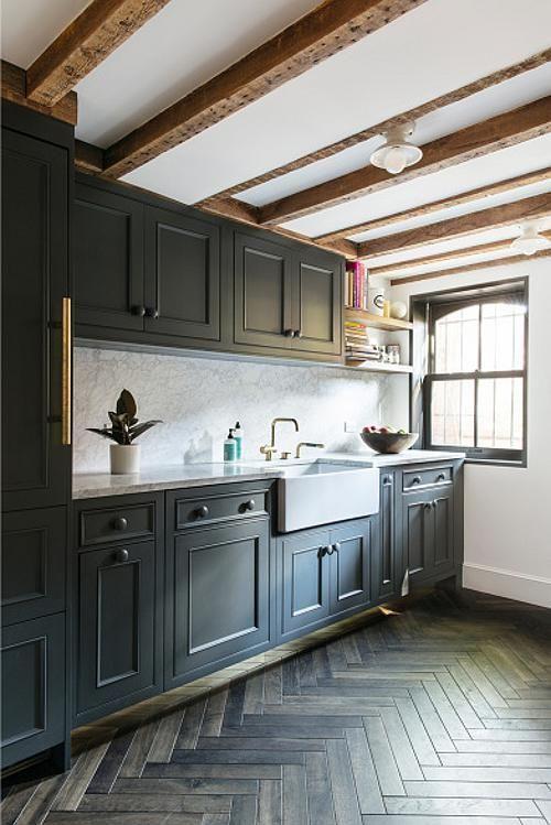 Narrow Beauty Desire To Inspire Desiretoinspire Net Ensemble Architecture And Elizabeth Roberts Design Decorar Techo Cocinas De Casa Suelos Cocina