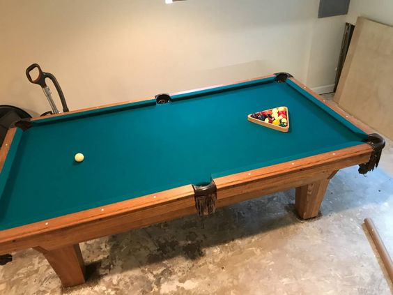 8' Olhausen Billiards Pool table