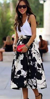 #Falda midi con estampado blanco y negro de #kaleidoskopicshop.