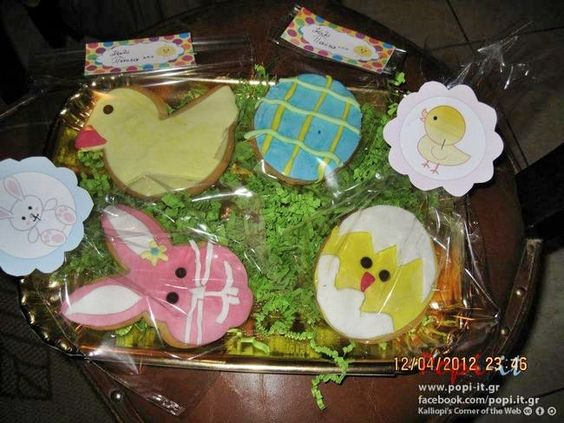 mpiskota pasxalina 10 Πασχαλινά μπισκότα