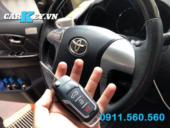 Lên chìa khóa gập Toyota Fortuner