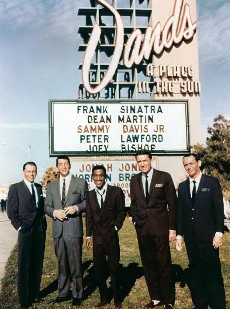 """Chantal Denis on Twitter: """"""""@OnIyHistory: The Rat Pack http://t.co/h4JTH4QjUW"""" j'aurais bien aimé voir une de leur soirée à Vegas....."""""""