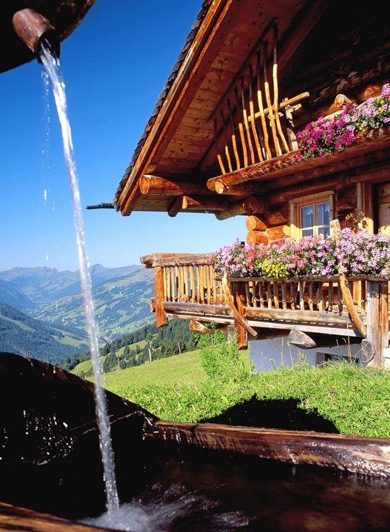 Retreat in Austria. Almhütte in Saalbach-Hinterglemm, Salzburg province, Austria #verschweizert