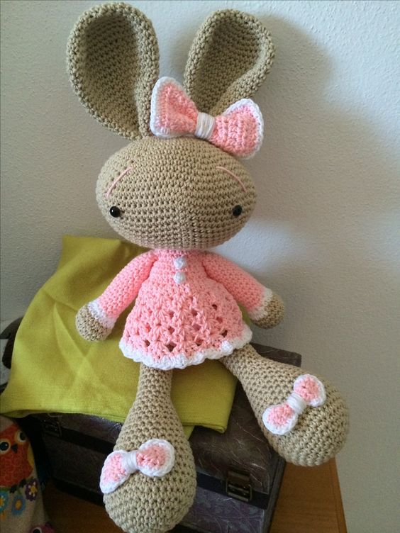 beautiful amigurumi bunny in a pretty dress (not pattern ...