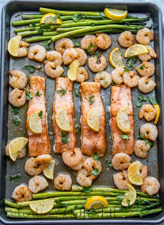 Baked one pan meal with salmon shrimp and asparagus baked one pan meal with salmon shrimp and asparagus valentinascorner pinteres ccuart Images