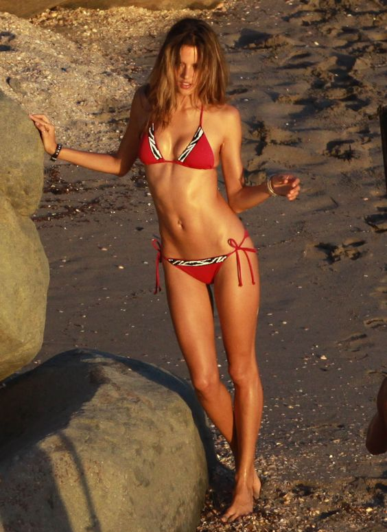 Alessandra Ambrosio - Full Size - Page 53