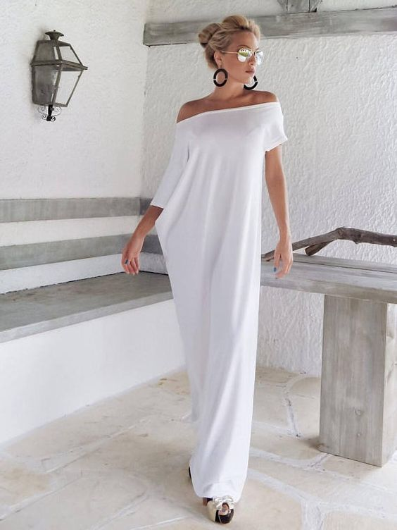 White Maxi Dress / Kaftan / Long White dress / Plus Size Dress / Caftan / Women Dresses / Summer Dress / Plus Size Maxi Dress / #35022 This elegant, sophisticated, loose and comfortable maxi dress, looks as stunning with a pair of heels as it does with flats. You can wear it for a