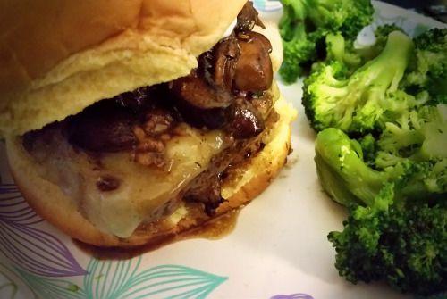 Swiss Pan burger with rosemary-mushroom pan sauce and steamed  Mein Blog: Alles rund um die Themen Genuss & Geschmack  Kochen Backen Braten Vorspeisen Hauptgerichte und Desserts # Hashtag