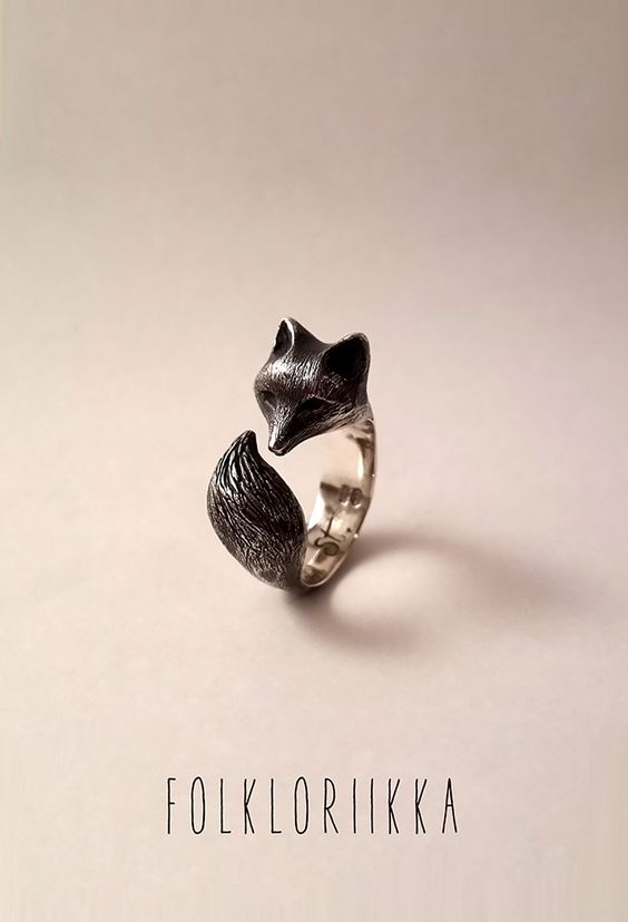 Sterling silver fox ring www.facebook.com/Folkloriikka