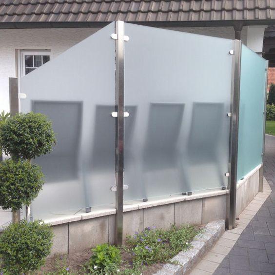 Sichtschutz aus Glas für den Garten GLASPROFI24 Sandsteinbank - trennwand garten glas