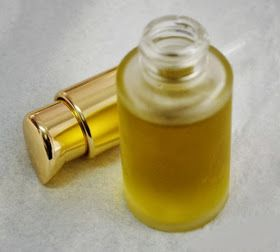 Cosmética Natural Casera Blog: Receta Serum regenerador de noche para piel madura