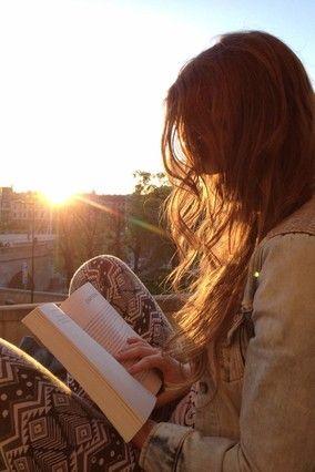 chica leyendo un libro tumblr - Buscar con Google: