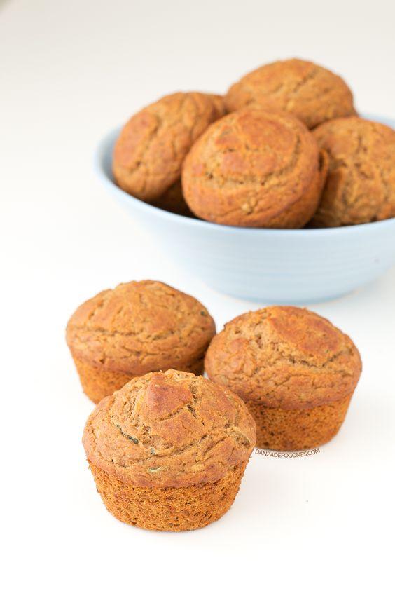 Muffins de calabacín veganos y sin gluten. Son más ligeros y saludables, pero están igual de ricos o incluso más. ¡Tienes que probarlos!