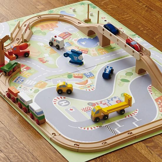 because girls play with trains and railroad tracks, too! (there's even a spaceship in this set) #nodwishlistsweeps