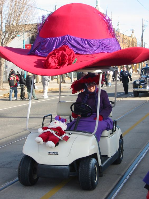Red Hat parade | ... +Christmas+Parade+101.jpg (1200×1600) | Red hat society: Aging