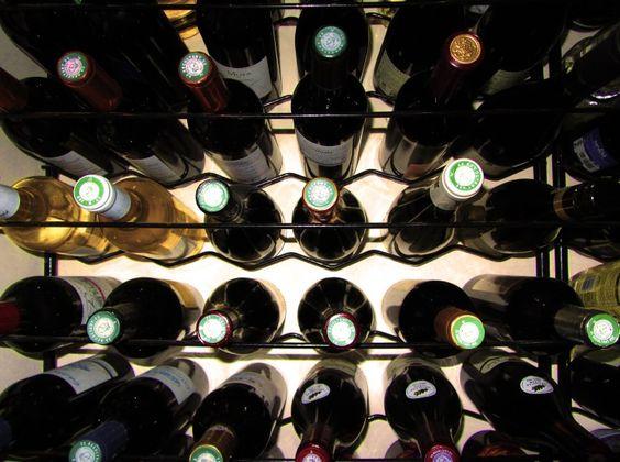6 questions à vous poser pour confectionner VOTRE cave à vins  #vin #wine #winelovers #caveavin #cultureduvin #degustations #oenologie