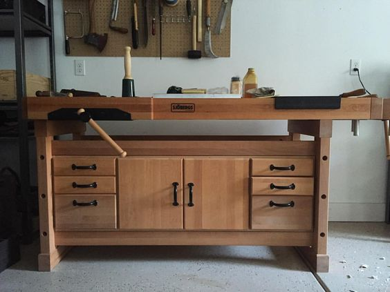 Setting up the new workshop. Just picked up this #sjoberg workbench, a great deal on a crucial tool that will last me a lifetime and more. #woodcarving #woodcraft #craft #carving #tools #toolsofthetrade #traditionalskills #sjoberg #workbench #madeinsweden #workshop