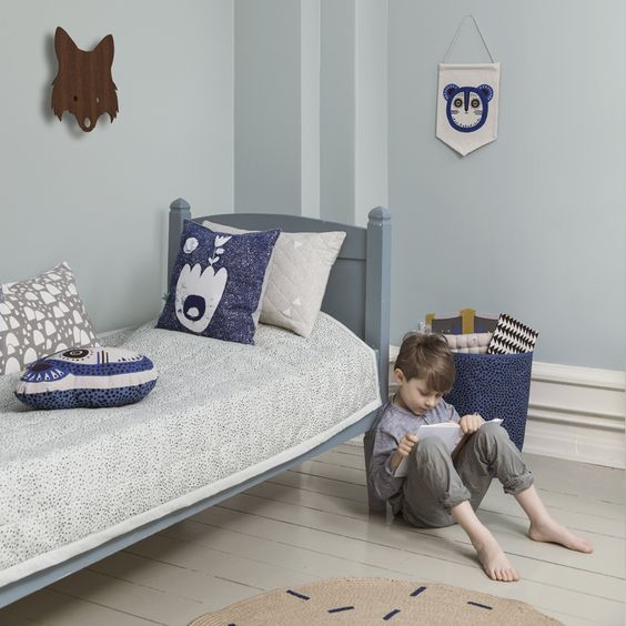 Billy Bear Wall Flag - Blue