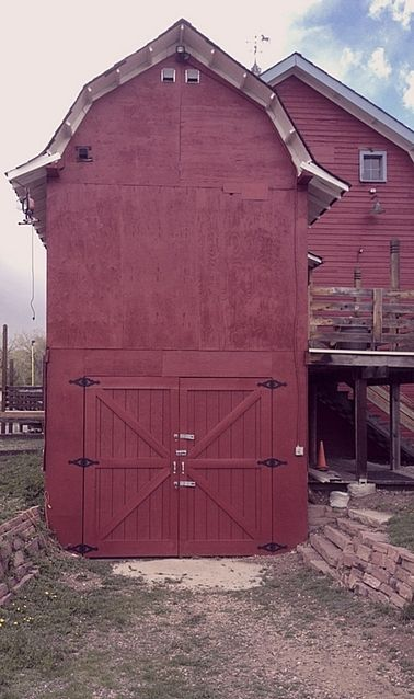 Barns red barns and red on pinterest Dutch gambrel barn