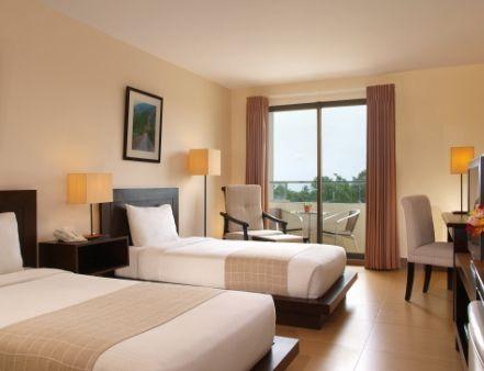 Szallas Tatabanya Luxurious Rooms Small Family Room Hotel