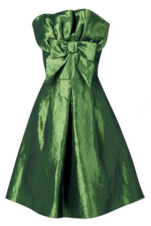 This dress is positively begging you to take it out on the town. The shimmering green fabric, fun oversized bow and sexy strapless style make it the ultimate party frock – all you have to do is work it!