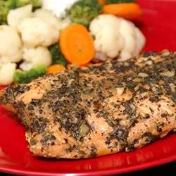 Here's a straightforward way to prepare delicious salmon! Basil, garlic, lemon juice and parsley provide a mild seasoning that perfectly enhances the distinctive flavor of this irresistible fish.
