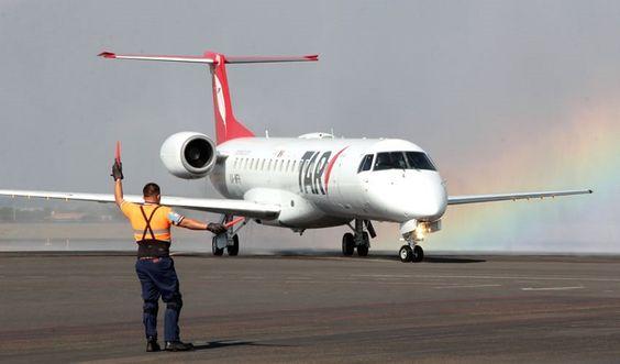 De entrada, la aerolínea TAR instalará en septiembre de 2017 un centro de capacitación de personal en las inmediaciones del Aeropuerto Intercontinental de Querétaro (AIQ), con una inversión de 4.5 ...