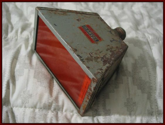SEARS MARVEL Darkroom Lamp Antique Film Developing Filtered Lamp Bulb  IMG 4617  http://ajunkeeshoppe.blogspot.com/