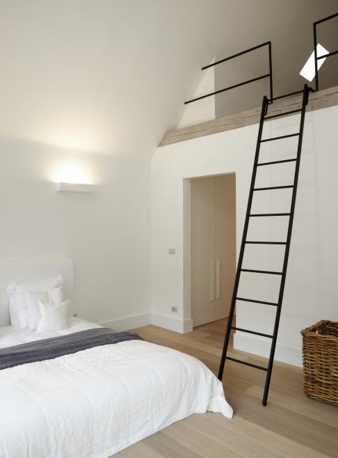 Gaaf idee voor je zolder een vide met trap zolder pinterest ladder nice and barn bedrooms - Idee schilderij kooi trap ...