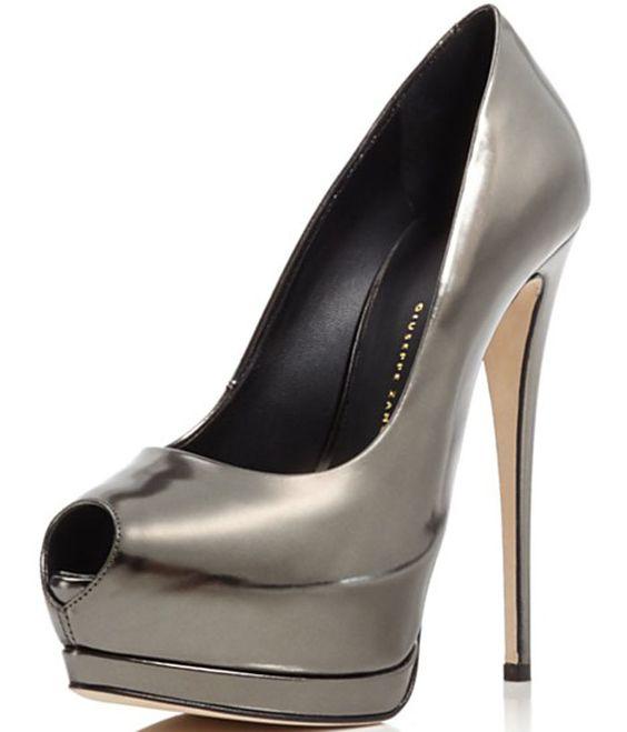 Modest Peep toe shoes