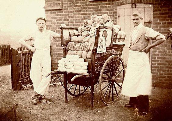Google Image Result for http://1.bp.blogspot.com/_eXBsc100dy0/TJtDklHxUXI/AAAAAAAAWso/DcpGpAkmLaM/s1600/southwold-bread-cart.jpg