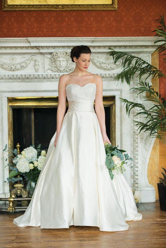 Wedding dress quiz find your dream dress style find your dream wedding dress quiz find your dream dress style find your dream dress junglespirit Choice Image