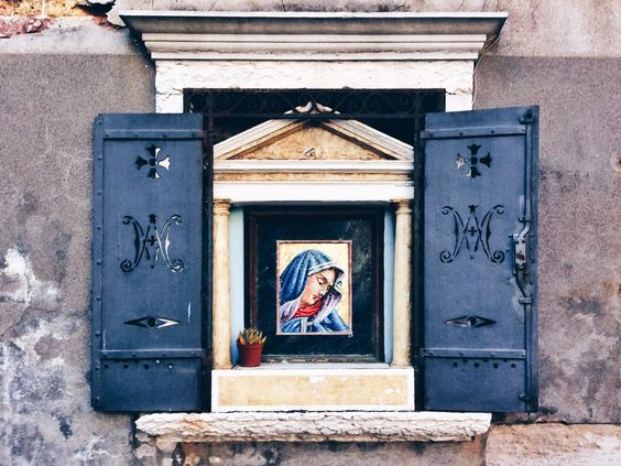 Street Madonna. Cannaregio, Venice, Sep 2014