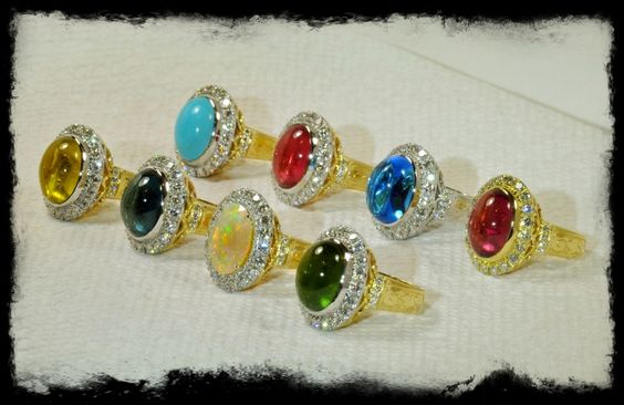 Beautiful baubles from a beautiful designer! I think I'll go with the turquoise!