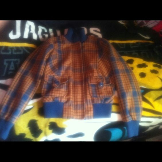 Forever21 bomber jacket Plaid zip up/ button up navy/ brown bomber jacket Forever 21 Jackets & Coats