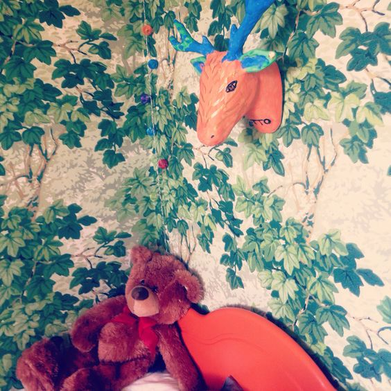 As my son wanted to sleep in a forest, we chose a wallpaper from zoffany in his bedroom.